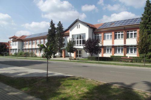 általános iskola új